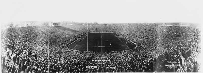 Michigan_Stadium_opening_3c27311