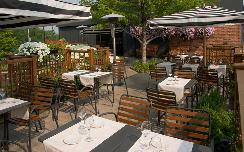 Patio-Guide---Weber's---Photo-Cred-Webers