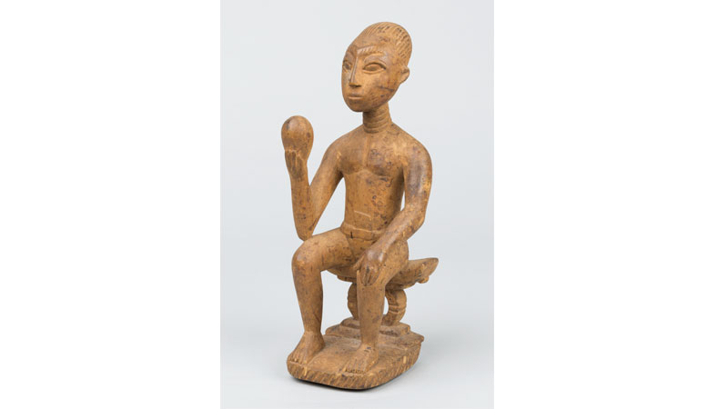 Osei Bonsu, Parlor piece. 1950, wood. Photo Credit: Charlie Edwards.