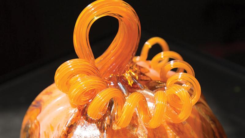 Spotlight-Glass-Pumpkin-Fest